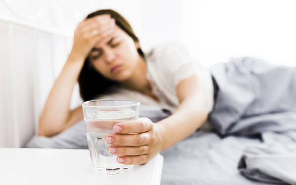 Пить воду при алкогольном отравлении